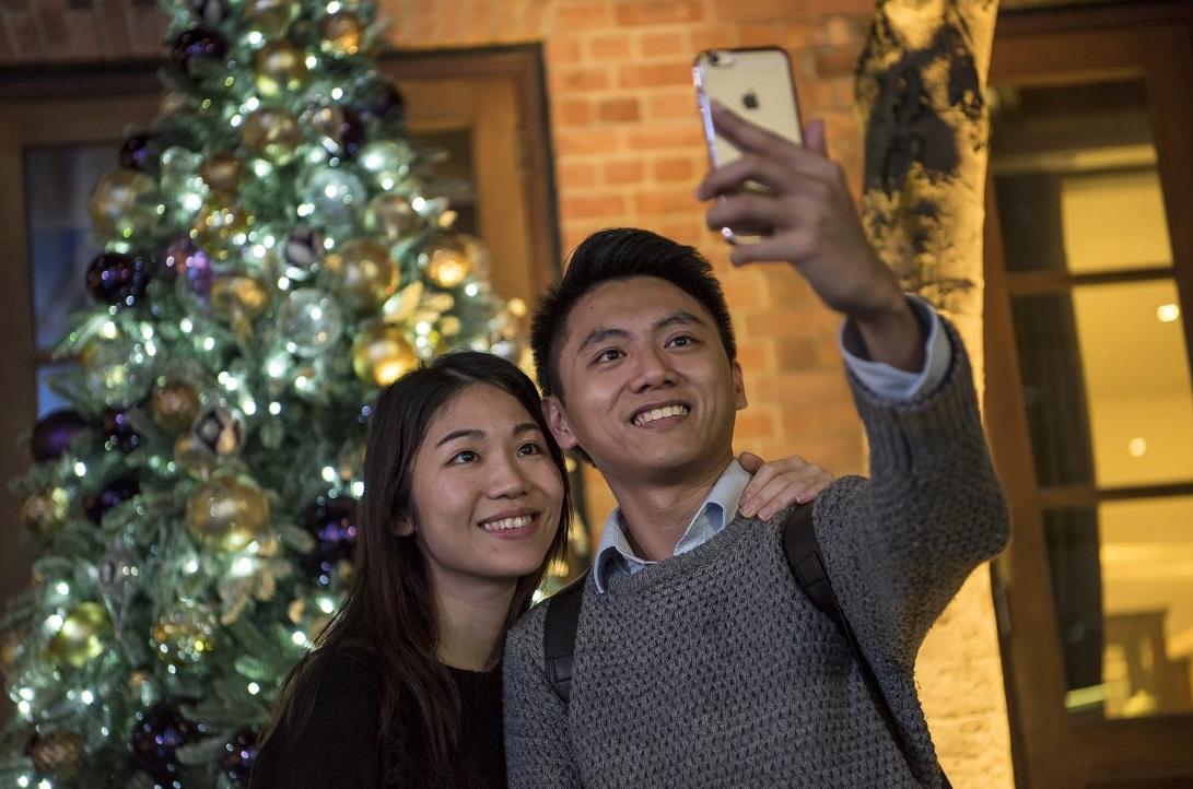 Karácsonyi ingyen mobilnet és ingyen telefonálás