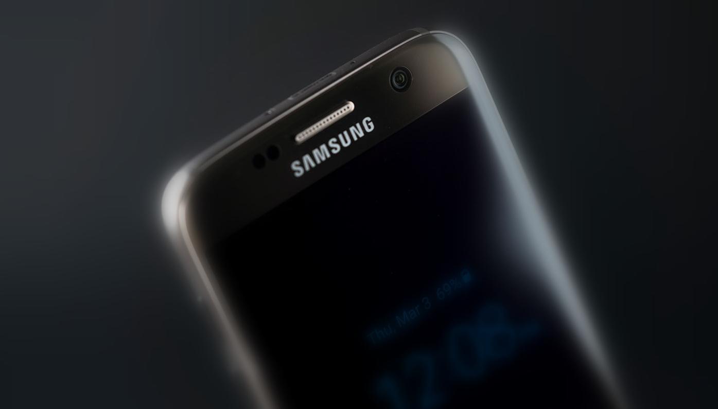 Kíváncsi az iPhone-verőnek ígért S8 áraira? Mutatjuk!