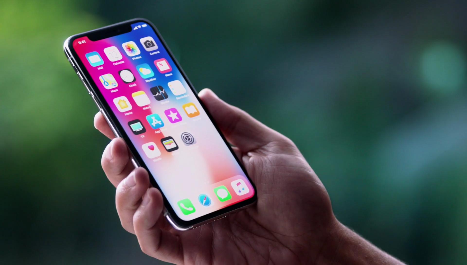 Ezért lesz az iPhone X az okostelefonok jövője