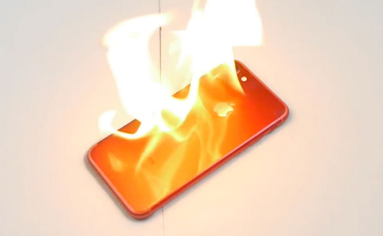 Apple Store-okban kaptak lángra iPhone-ok