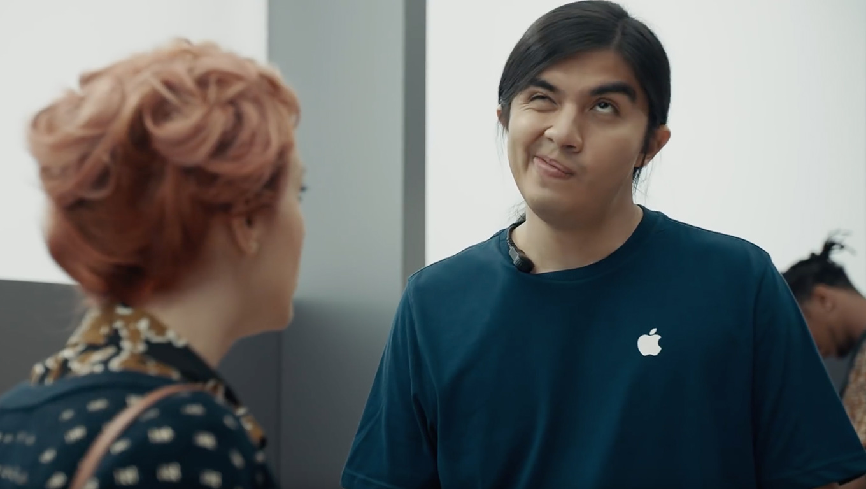 A Samsung legújabb reklámjában újra alázni próbálja az Apple-t