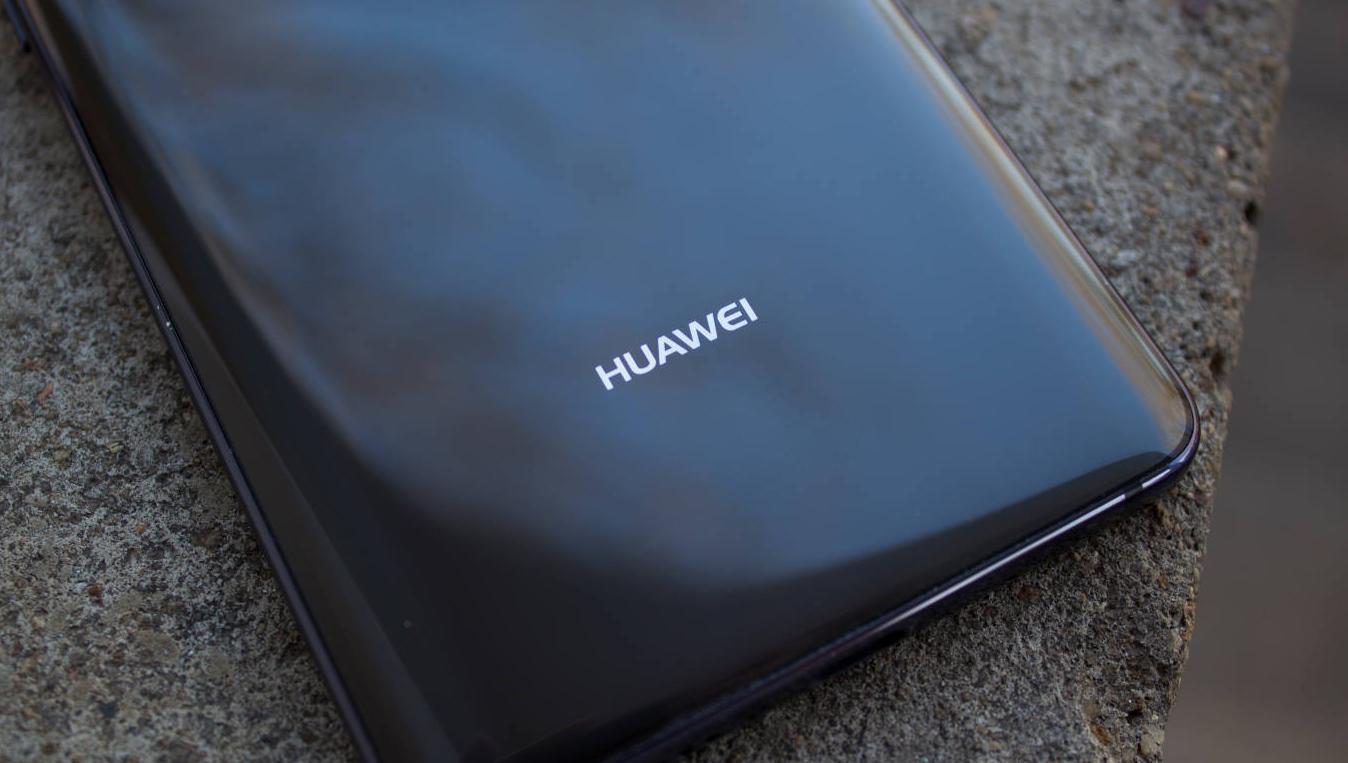 Jókora aksi kerül a legnagyobb iPhone kihívójába