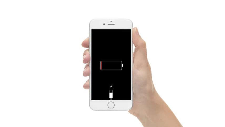 Megint kevesebbet bír az iPhone-ok akksija. Mikor lesz ennek vége?