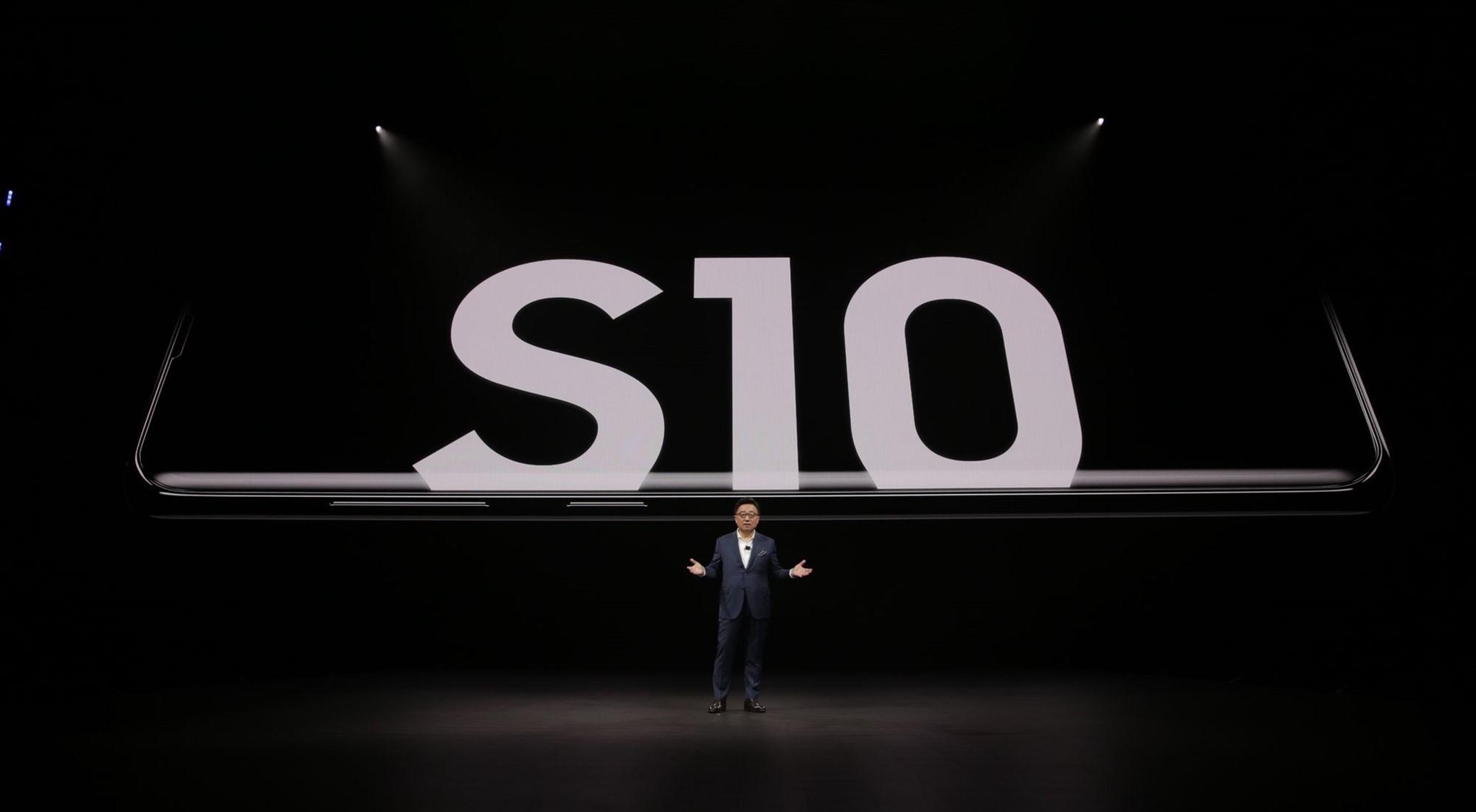 Tegnap este a Samsung bemutatta a Galaxy S10 és S10+ készülékeket