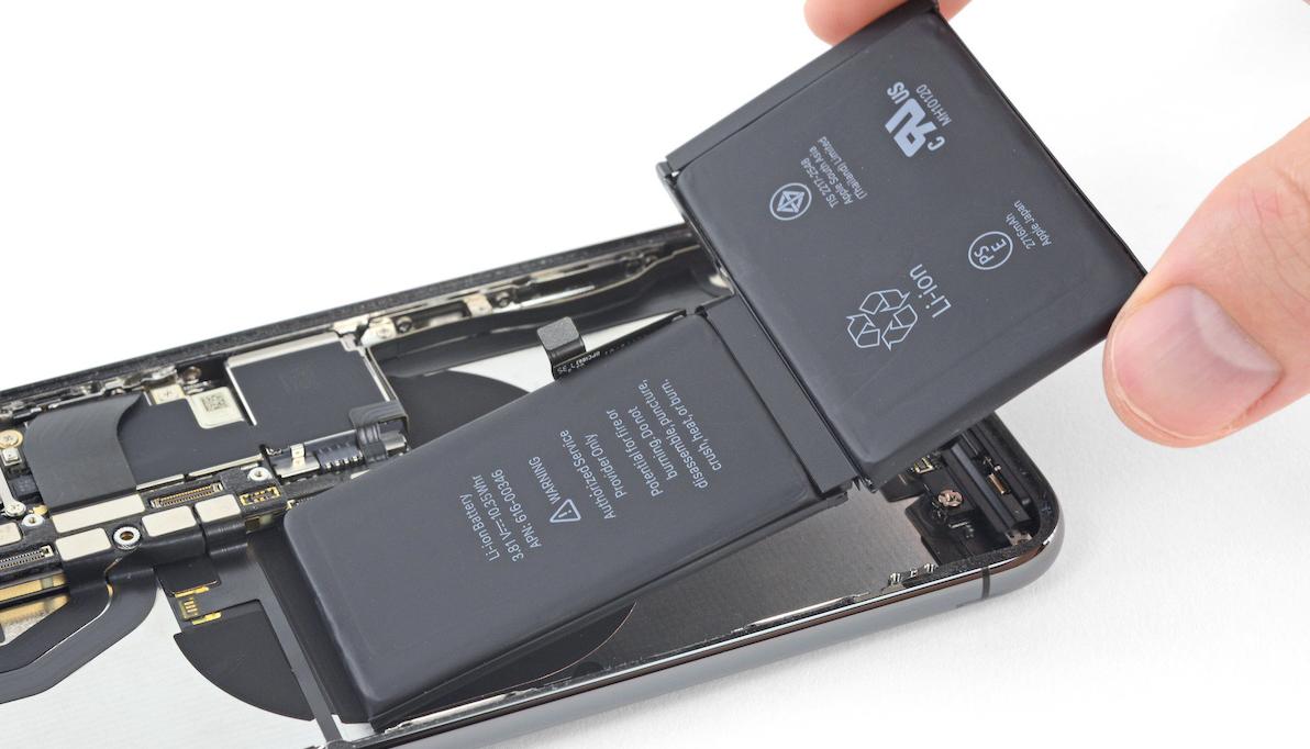 Probléma lehet az iPhone-nal, ha nem az Apple cseréli ki az akkut