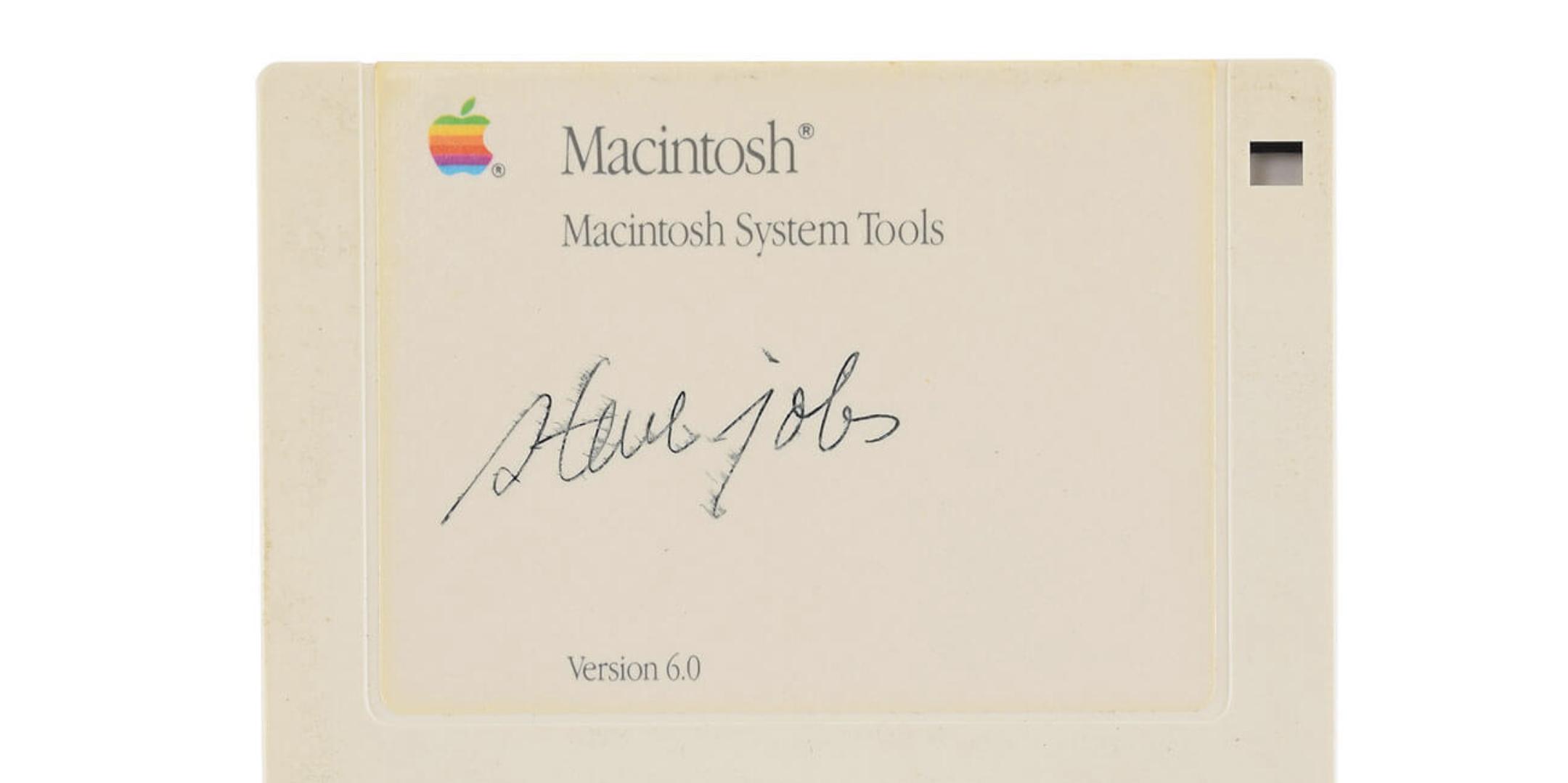 Steve Jobs által dedikált floppy talált gazdára a múlthónapban