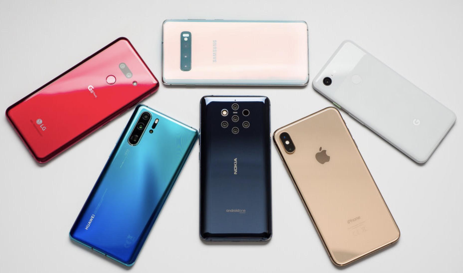 Borulhat jövőre a mobilgyártók sorrendje - A nagy vesztes a Huawei lehet