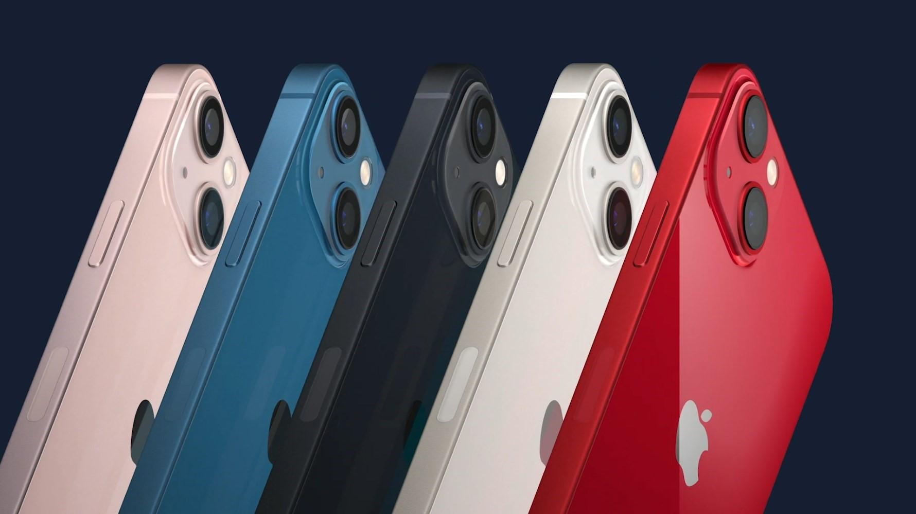 Ezek az iPhone 13 és 13 mini hivatalos árai - olcsóbb lett az új generáció!